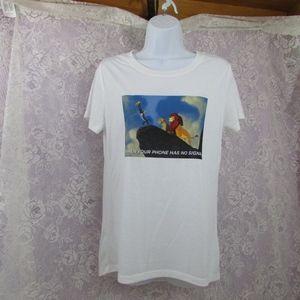 Disney Lion King Phone Signal Tee shirt  Medium